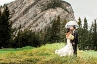 Banff bride | Mountain wedding | Evelyn Clark Weddings